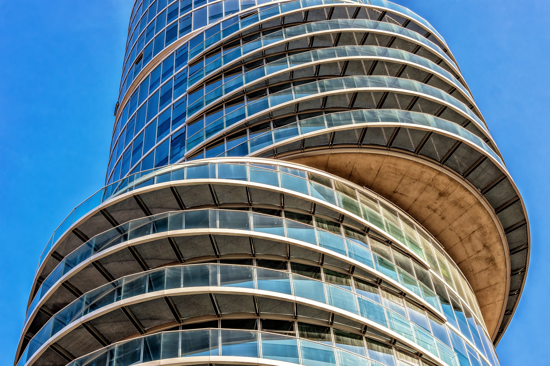 Condamnation d'ALBINGIA à indemniser les pertes d'exploitation de 4 hôteliers